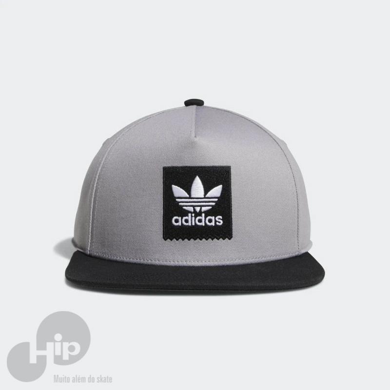 Boné Adidas Two-Tone Trefoil Snapback Cinza - Loja HIP d61da4d9e88